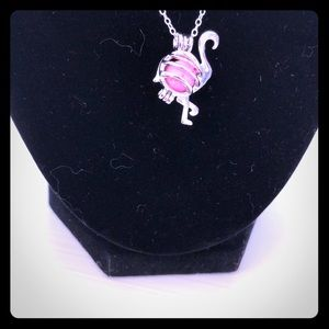Jewelry - NEW Pink Flamingo 🦩 Diffuser Necklace!